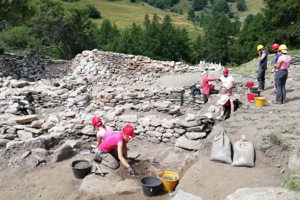 Quattro chiacchiere con gli archeologi - Alp in Attività in Valle D'Aosta